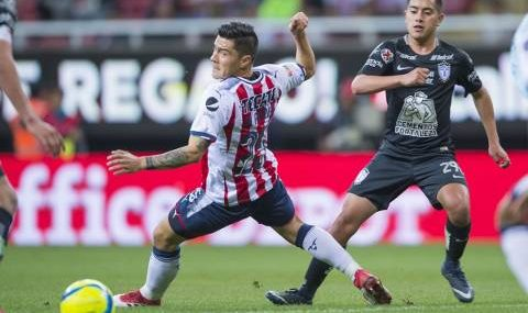 Pachuca falla penal al 85 para empatar 1-1 Chivas en el Torneo Clausura 2018