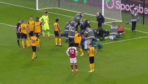 [Vídeo] Repetición Brutal Golpe de Raúl Jiménez vs David Luiz Arsenal vs Wolves Premier League 2020-2021
